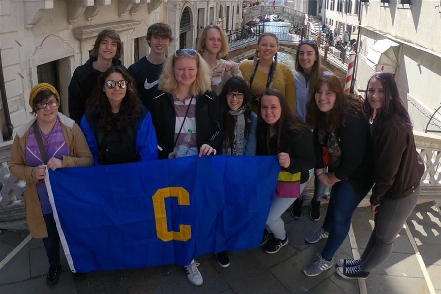 Centreville Students Visit Italy